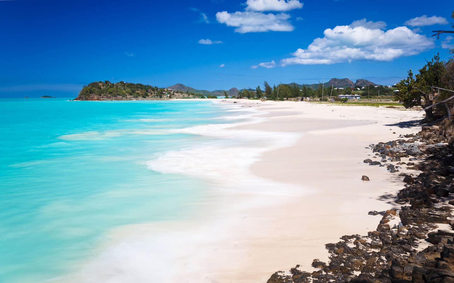 Ffryes Beach, ostrov Antiqua, Karibik